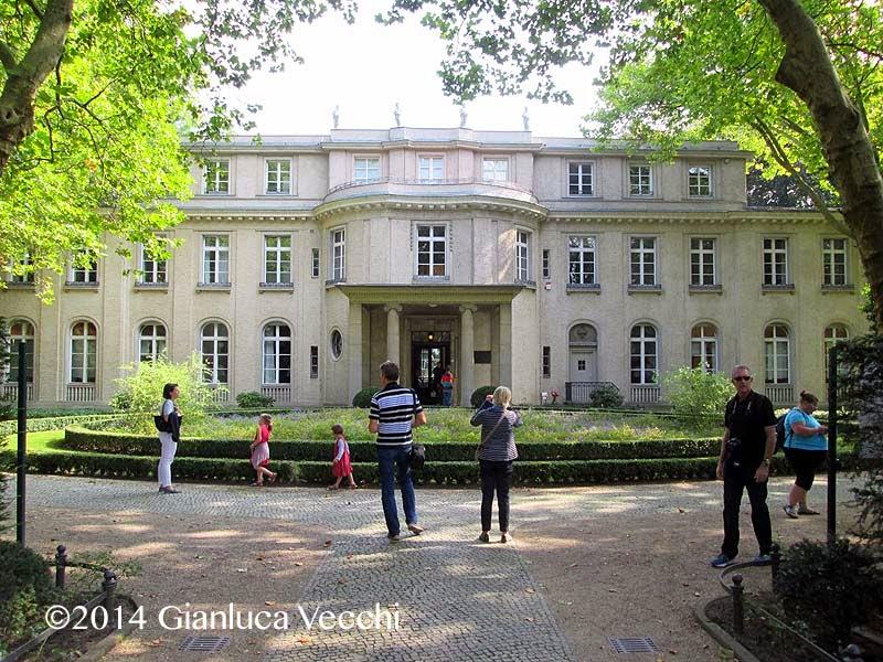 Visitare la casa della conferenza di Wannsee a Berlino
