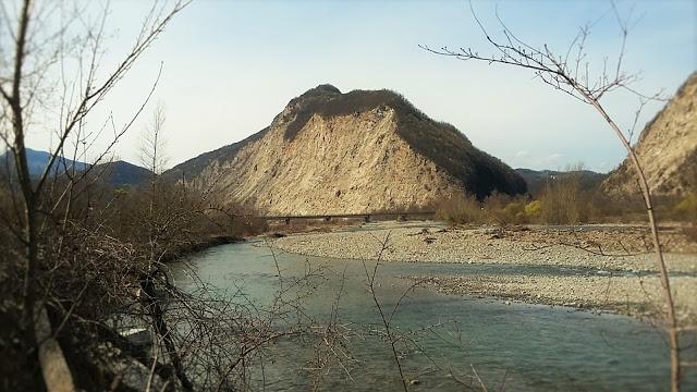 La valle del fiume secchia