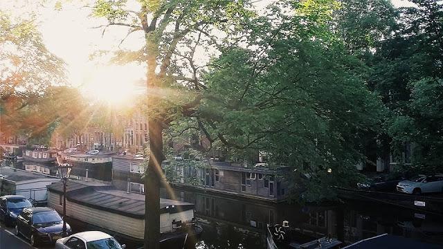 L'alba su Amsterdam