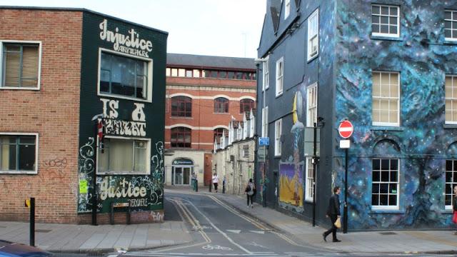 Quartieri street art bristol